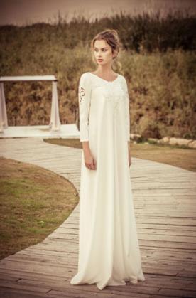 שמלת כלה צנועה רחבה בוהו שיק