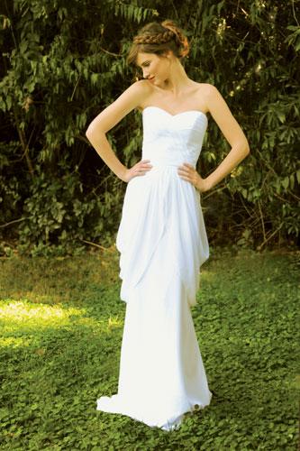 שמלת כלה כתפייה אחת מקפלי בד