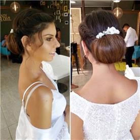 שילוב פרחים בשיער