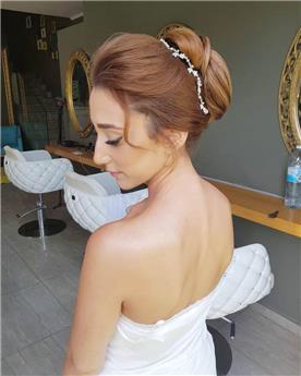 תסרוקת לשיער חום