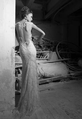 שמלת כלה עשירה כתפיות עבות