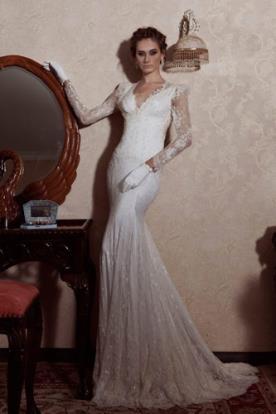 שמלת כלה ארוכה עם שרוולי תחרה