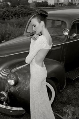 שמלת כלה שרוול ארוך גב פתוח