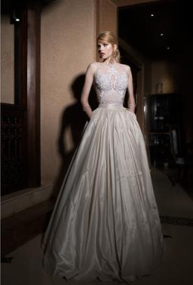 שמלת כלה חצאית רחבה עם כיסים