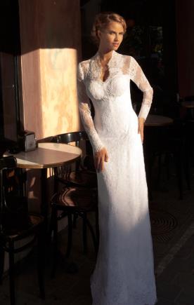 שמלת כלה תחרה עדינה ושרוולים