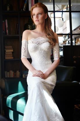 שמלת כלה רומנטית אוף שולדר