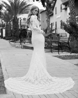שמלת כלה שובל תחרה עגול