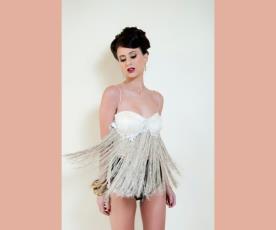 שמלת ערב בגד גוף פרנזים וכתפיות