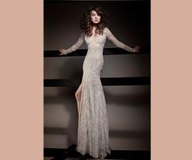 שמלת כלה שרוולי תחרה ושסע