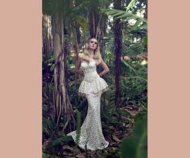 שמלת כלה פפלום עשירה