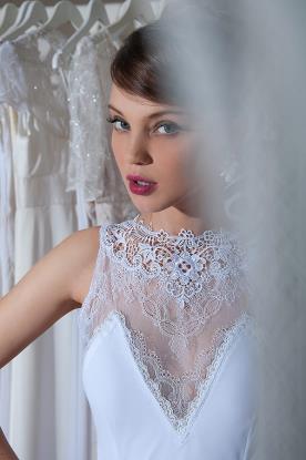 שמלת כלה אלגנטית למראה אצילי