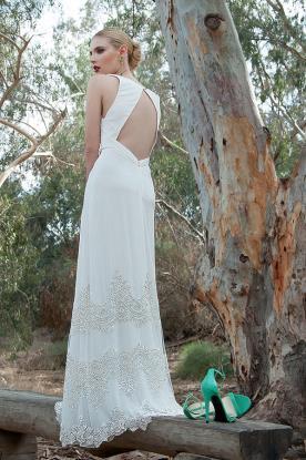 שמלת כלה אלגנטית עם טאץ זוהר