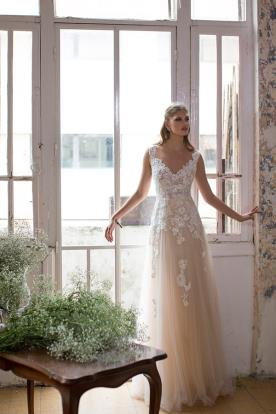 שמלת כלה נסיכתית אידיאלית לקיץ