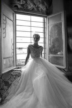 שמלת כלה נסיכתית בעיצוב עכשווי