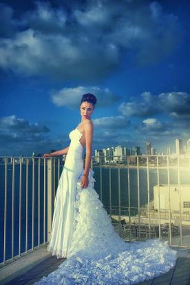 שמלת כלה עם שובל קומות
