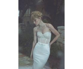 שמלת כלה מחוך עדין