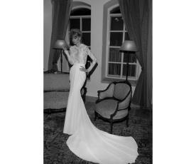 שמלת כלה צנועה למראה מלכותי