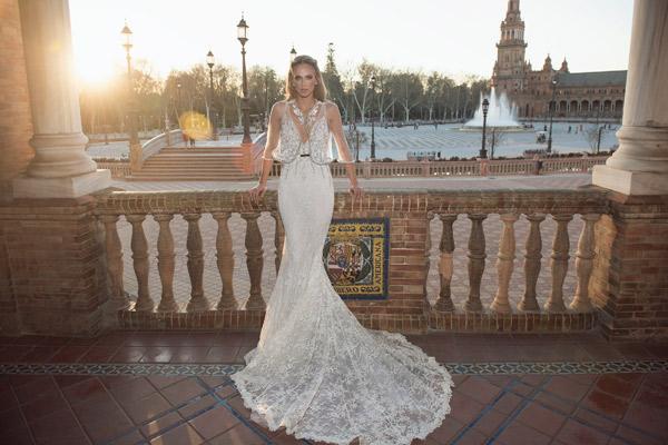 שמלת כלה עם עליונית חרוזים