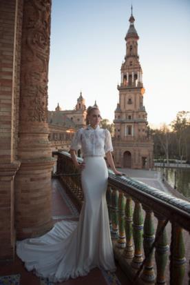 שמלת כלה מודרנית בסגנון עדין