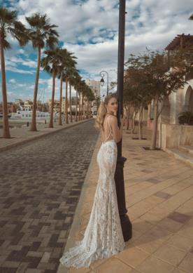 שמלת כלה בסגנון רומנטי חושני