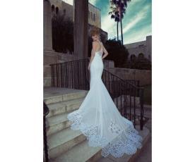 שמלת כלה מודרנית עם גימור תחרה