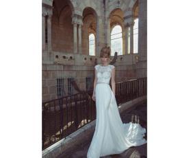 שמלת כלה בסגנון נסיכתי מודרני