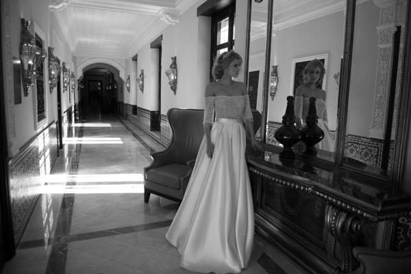 שמלת כלה וינטאג' עם טופ מחורז