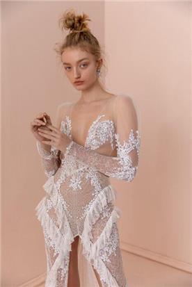 שמלות עם בדים מיובאים