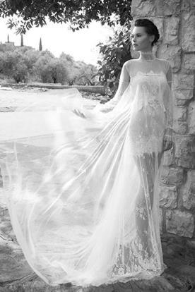 שמלת כלה אלגנטית בגזרה נשפכת