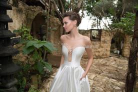 שמלת כלה רומנטית בסגנון נסיכותי