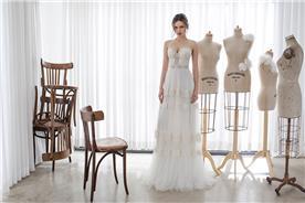 שמלת כלה של מעצב