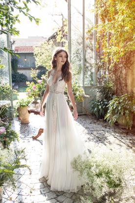 שמלת כלה כפרית בצבע קרם