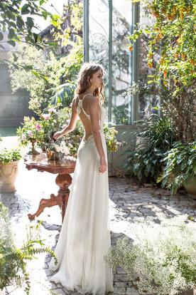 שמלת כלה כפרית עם גב חשוף