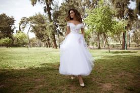 שמלת כלה טול לבן נפוח