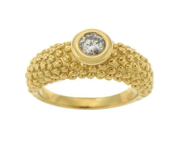 טבעת אירוסין בטקסטורה כדורית