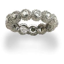 טבעת עם אבנים