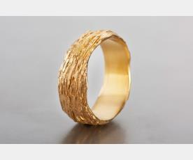 טבעת נישואין עם אפקט חריטות