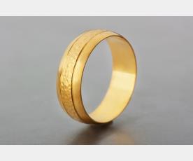 טבעת נישואין לכלה עשויה זהב