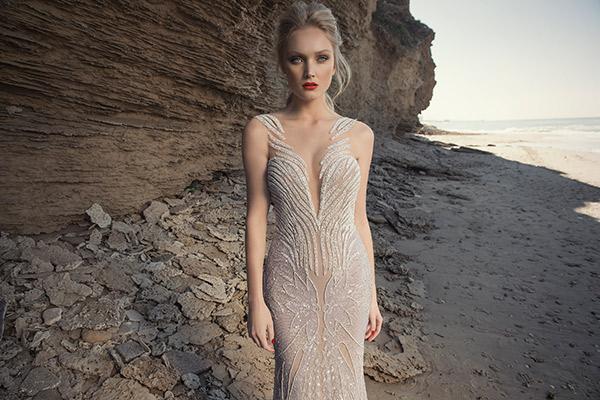 שמלת כלה עם קווים מחורזים