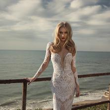 שמלת כלה תחרה שקופה ארוכה מרשימה