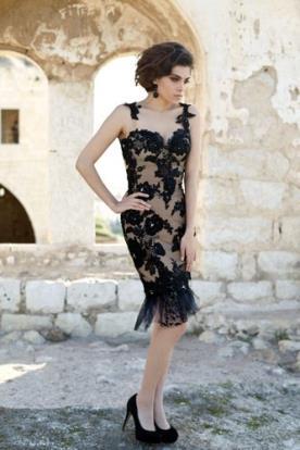 שמלת ערב שחורה תחרה עם טול