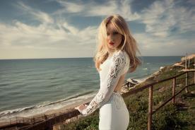 שמלת כלה שרוול תחרה וחרוזים