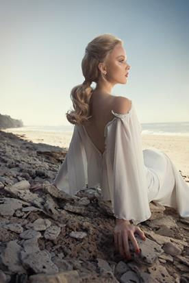 שמלת כלה אוף שולדר עם חרוזים