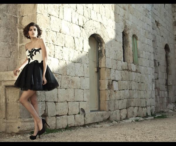 שמלת ערב מיני טול ותחרה שחורה