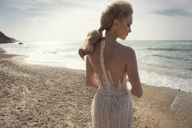 שמלת כלה רקומה חרוזים ואבנים