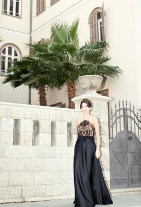 שמלת ערב שחורה חולצת תחרה