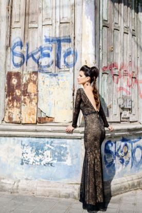 שמלת ערב גב חשוף V תחרה