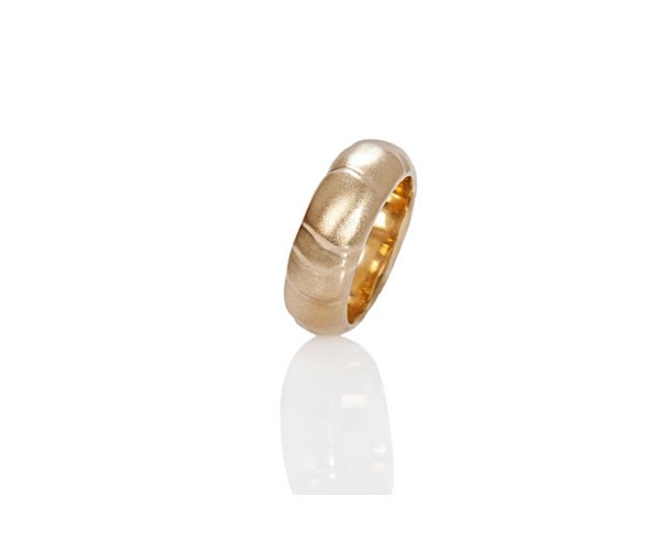 טבעת נישואין עבה זהב צהוב