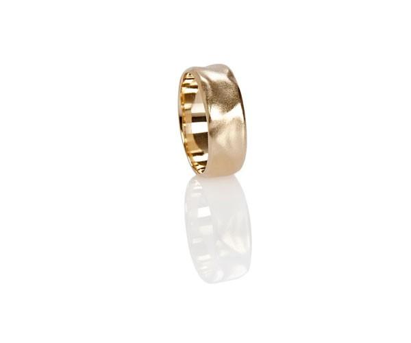 טבעת נישואין גלית רחבה