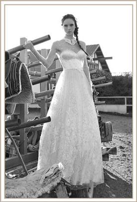 שמלת כלה נסיכתית תחרה מעוטרת